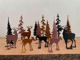 Hjort og hind i skov