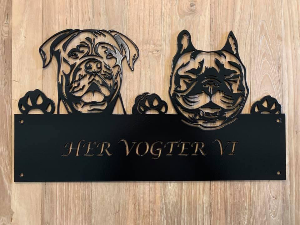 Her vogter vi Dogue de bordeaux & fransk bulldog